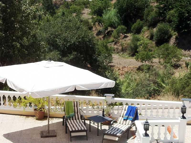 Villa in Spain, Alpujarras: Sunbathing at Casa Tog
