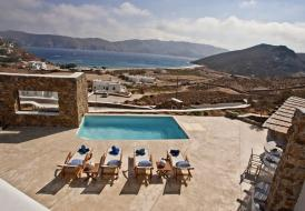 MYKONOS PANORMOS  PRIVATE POOL VILLAS