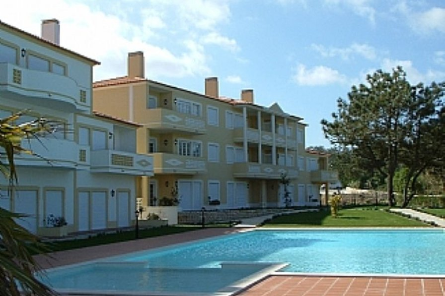 3 bed apartment Silver Coast Portugal