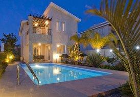 Villa in Tala, Cyprus: Villa at Night