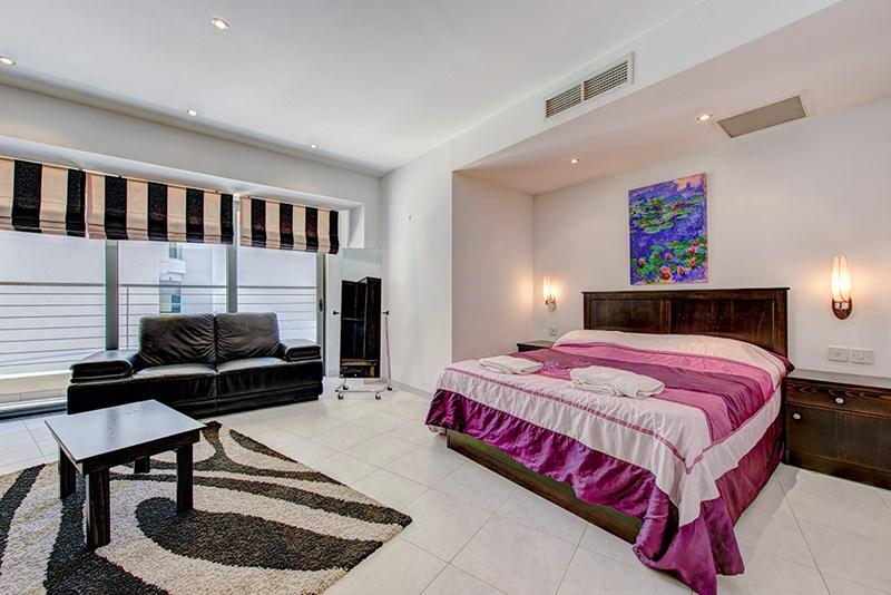 Apartment in Malta, Saint Julian