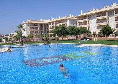 Apartment in Spain, Laguna Golf: Gorgeous 400 sq Metre Swimming Pool