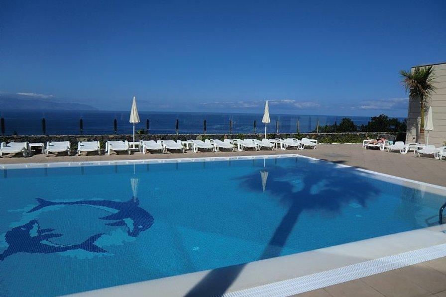 Apartment in Spain, Acantilados de Los Gigantes: Gorgeous pool area