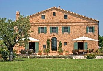 Villa in Italy, Ostra Vetere