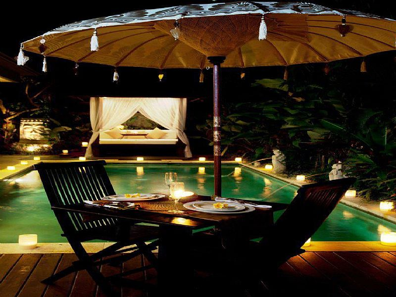 Villa in Indonesia, Canggu: Pool at Night