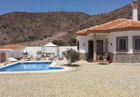 FOR RENT BRAND NEW VILLA IN SPAIN