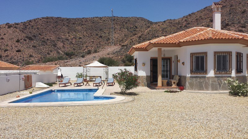 Owners abroad FOR RENT BRAND NEW VILLA IN SPAIN