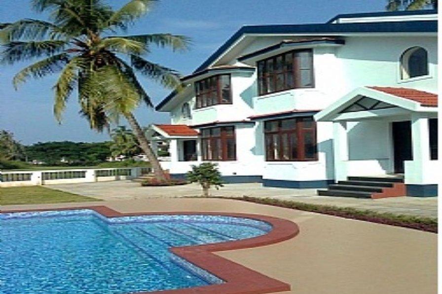 Spacious 2 bedroom villa in Arpora, Goa.