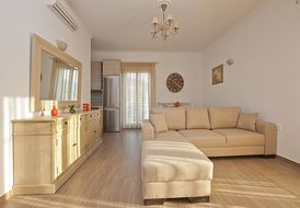 A luxury & brand new apartment in the heart of famous Naoussa