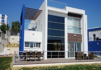 4 bedroom Villa for rent in Kusadasi