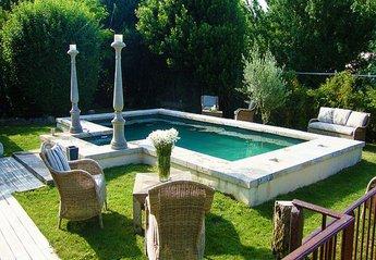 Apartment in France, Hérépian: Pool
