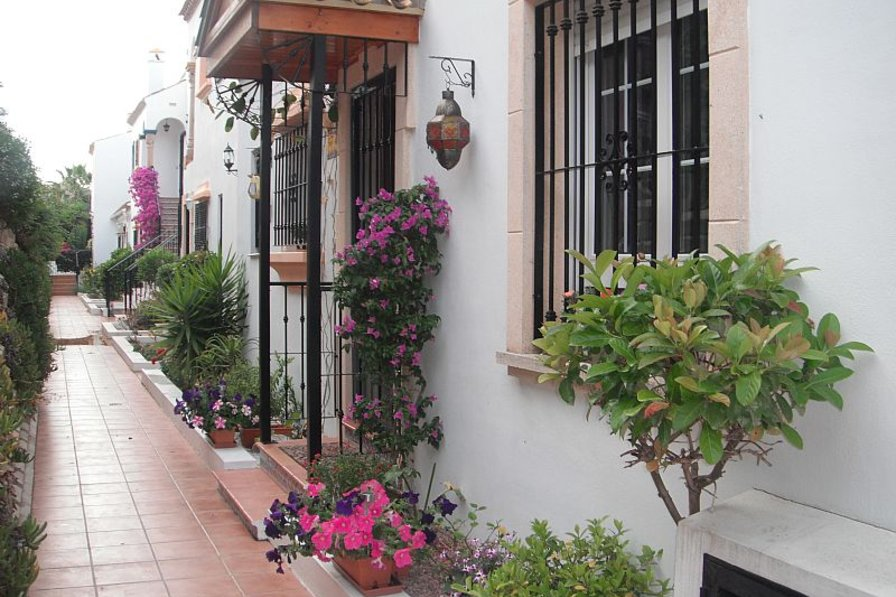 Villa in Spain, Los Dolses: BEAUTIFUL MEWS SETTING