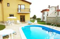 Villa in Bulgaria, Varna: The villa and the swimming pool