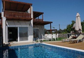 2 bedroom Villa for rent in Haraki
