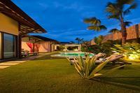 Villa in Indonesia, Bali: Garden and pool