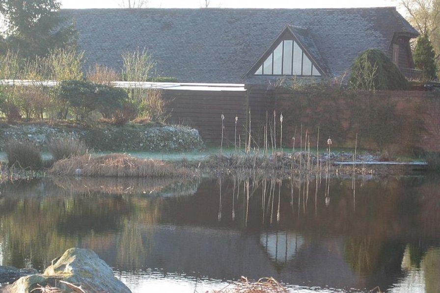 Owners abroad Landews Meadow 'Oak cottage'