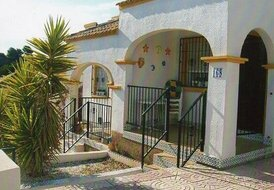 3 bedrooms, 2 bathrooms, villa, sleeps 6