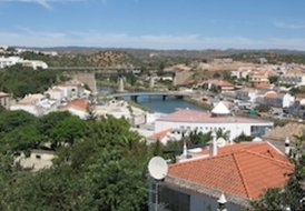 Luxury ground floor 2 bed apartment in the Algarve