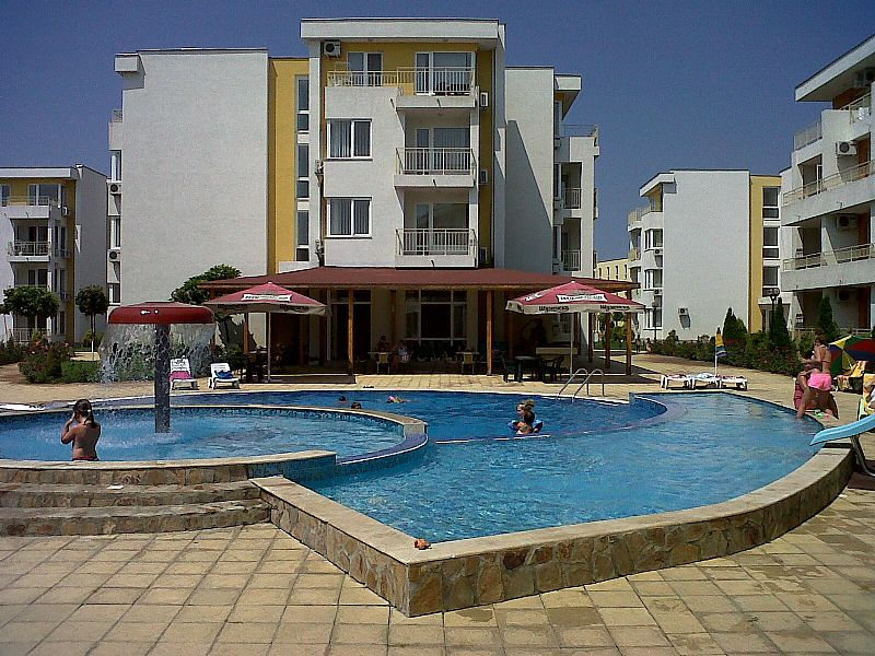 Apartment in Bulgaria, Sunny Beach: One of the 6 pools