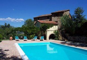 Farm House in Italy, Citta di Castello Area: Pool and sun terrace