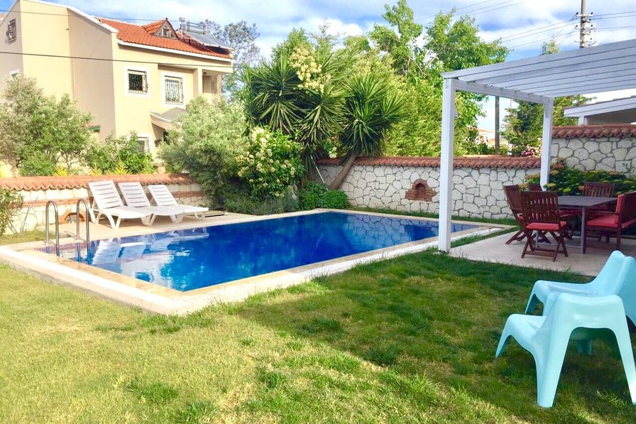 3 bedroom villa with private pool in Surf Paradise Alacati,Cesme