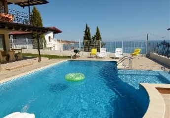 7 bedroom Villa for rent in Albena