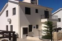 Villa in Cyprus, Pissouri: Beautiful Villa pristine inside and out