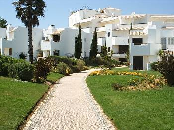 Apartment in Portugal, Armacao de Pera: Private beach entrance to the apartment