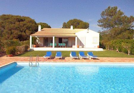 Villa in Arzinha, Algarve