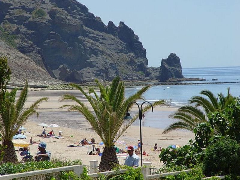 Apartment in Portugal, Praia da Luz: View of Luz beach from the apartment