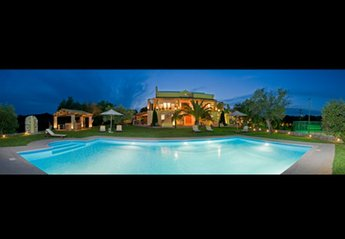 Villa in Greece, Gouvia: Villa Privilege Classic & Exclusive