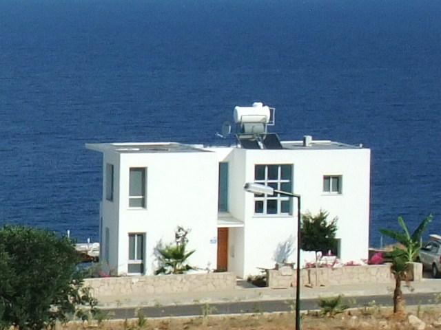 Villa in Cyprus, Esentepe: Want great sea views?