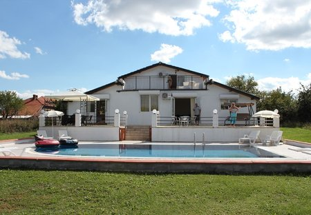 Villa in Banya, Bulgaria: view of villa