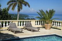 Villa in Jamaica, Montego Bay: View of the caribbean sea from pool deck