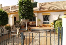 2 Bedroom Townhouse - Cabo Roig - Near Capitan Beach