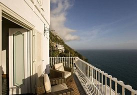 Modern villa with sea view located in Positano,