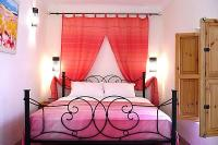 Riad in Morocco, Medina: Our pretty  Pink  double bedroom