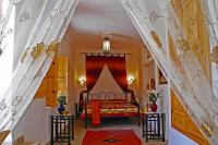 Riad in Morocco, Medina: our romantic Douria Suite