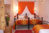 Riad in Morocco, Medina: Our spacious Orange twin / triple bedroom