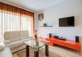 Sytlish 3-bedroom Apartment in St Julians