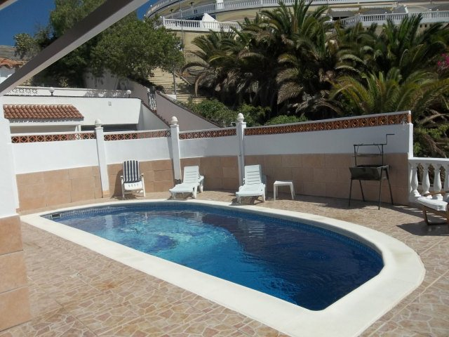 Villa in Spain, Playa de las Americas: Lovely heated pool