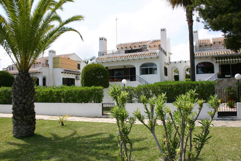 Owners abroad Gorgeous 3 Bed Villa with aircon close to beach