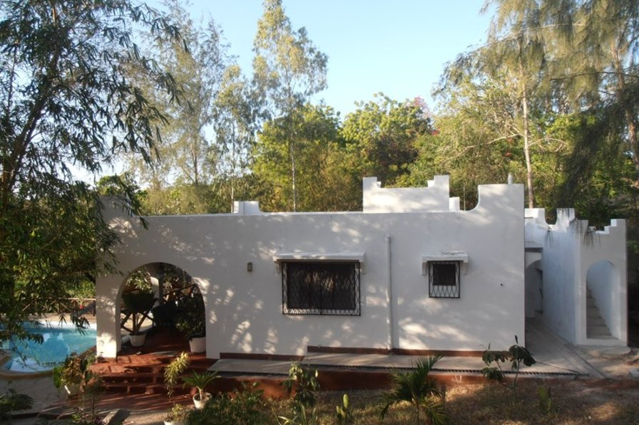 KILIFI CREEK Comfortable bungalow, private pool near the beach