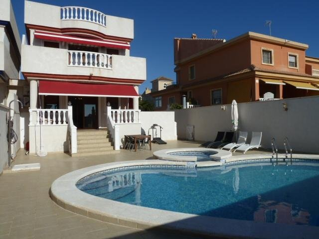 Owners abroad Casa Chairde.Luxury Detached 5 star Villa with 10x5m Pool/Jacuzzi