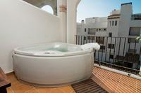 Apartment in Spain, La Cala de Mijas: Your own jacuzzi on the terrace