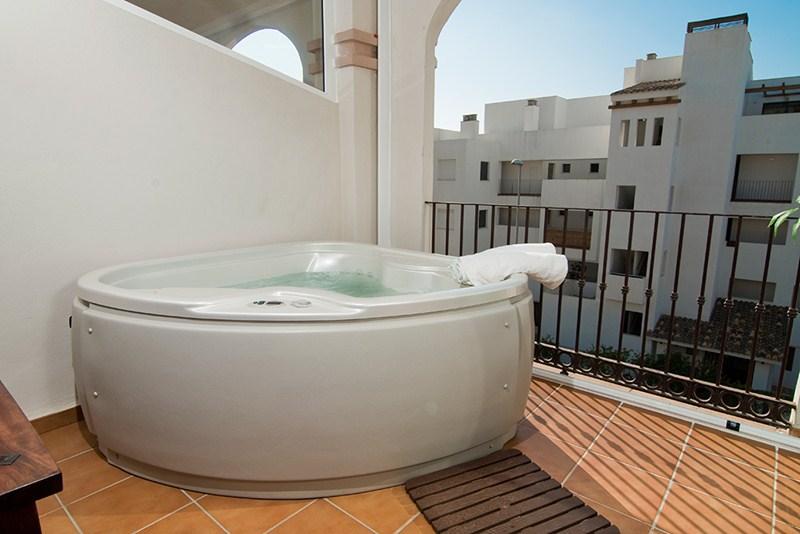 Apartment in Spain, La Cala de Mijas: Your own jacuzzi on the terrace