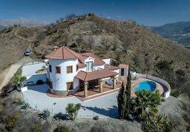 Country_house in Spain, Benamargosa