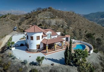 Country House in Spain, Benamargosa