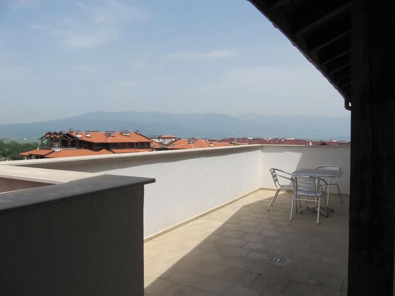 Penthouse apartment in Bulgaria, Bansko Ski Resort: Spacious terrace with mountain views