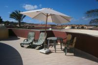Villa in Spain, Corralejo: Private roof terrace with impressive mountain and sea views